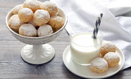 Biscotti al cocco, semplici e veloci. Ecco come prepararli!