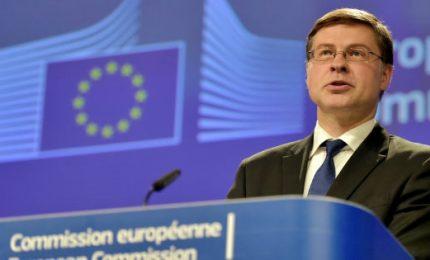"""Commissione Ue: Italia inadempiente, giustificata procedura. """"Peggiorate prospettive di crescita e conti pubblici"""""""