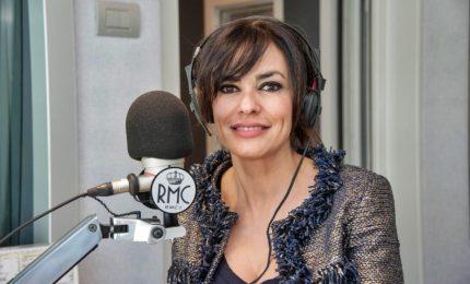 Maria Grazia Cucinotta difende Amadeus: basta polemiche