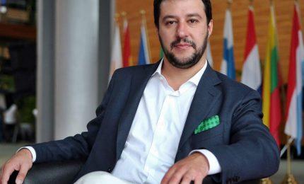Salvini, governo centrodestra -M5s al 51%. Ma Di Maio lo gela