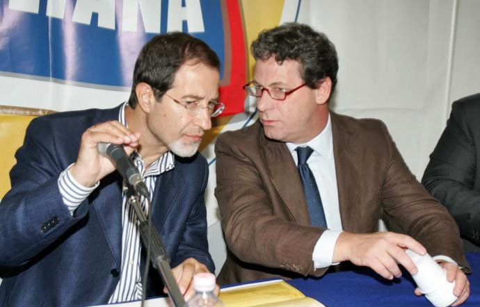 Inter-Juve irrompe al parlamento siciliano, è derby Miccichè-Musumeci