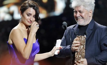 Ai César le star francesi con il nastrino bianco del #metoo