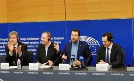 L'addio di Salvini all'Europarlamento, mai al governo con Renzi