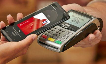 Anche in Italia si paga via smartphone
