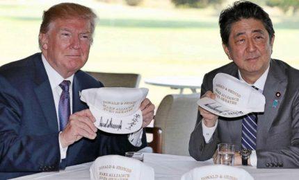 Abe torna a mani (quasi) vuote da vertice con Trump. A fine anno, il leader nipponico rischia la premiership