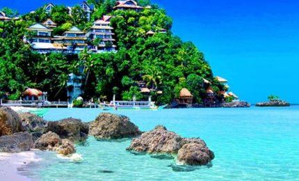 L'Isola di Boracay nelle Filippine chiusa ai turisti per sei mesi