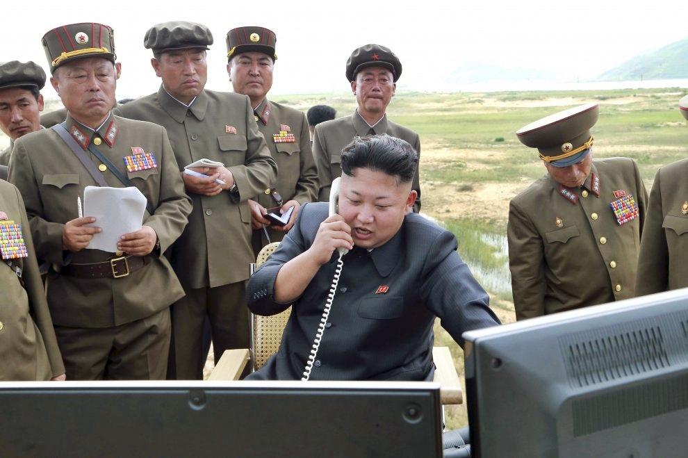 """Kim torna a sparare missili, SudCorea esprime """"seria preoccupazione"""". Usa alla NordCorea: rilasciate tutti i prigionieri politici"""