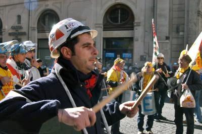 Alcoa: ok lavoratori ad ingresso al 5% in azionariato