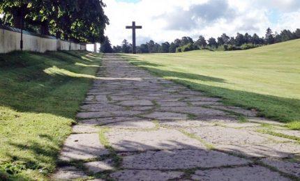 Pic nic col morto a Pasquetta, famiglia Catania sceglie cimitero