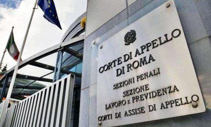 Pioggia in uffici corte d'appello Roma, la protesta dei lavoratori