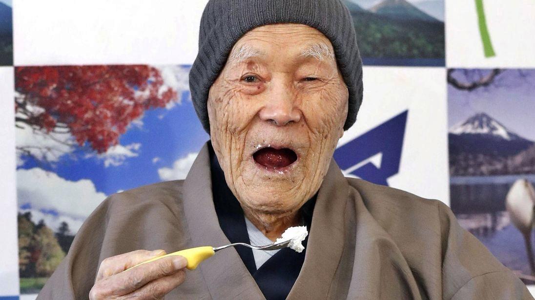 Ha 112 anni, Masazo Nonaka è l'uomo più vecchio del mondo