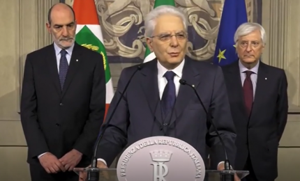 Mattarella: no a chi ipotizza uscita dall'euro