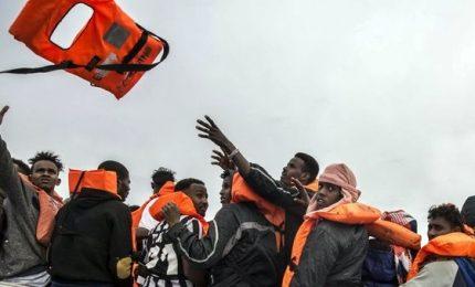 Flusso migranti non si arresta, da Libia oltre 1000 profughi in due giorni