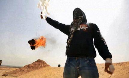Gaza, il volo degli aquiloni molotov oltre la frontiera