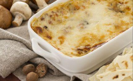 Le lasagne di pane carasau, primo piatto ricco e gustoso