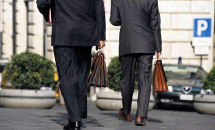 Sicilia, parlamento mette ordine ai portaborse. Risparmi per oltre 2 milioni