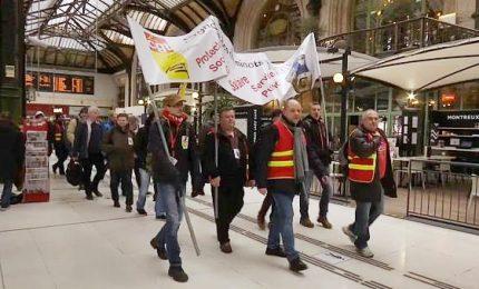 Sciopero ferrovie in Francia contro Macron, durerà tre mesi