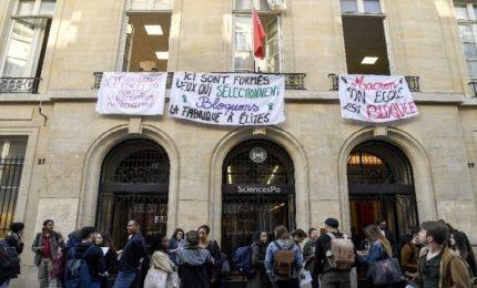Parigi, proteste anche a Sciences Po, chiusa la facoltà