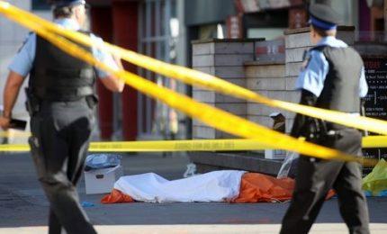 Furgone travolge pedoni, 10 morti e 15 feriti. Non è atto terroristico