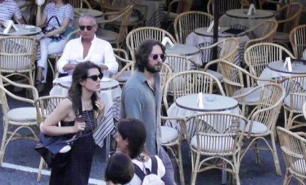 Charlotte Casiraghi col pancione a Capri insieme a Dimitri Rassam