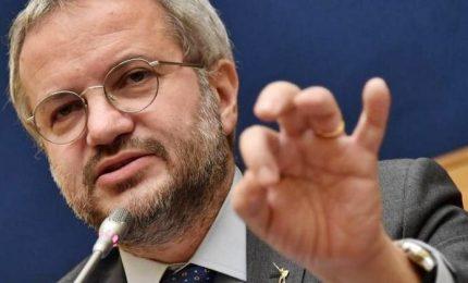 """Borghi: """"Salvini non ha cambiato idea. L'euro resta una moneta dannosissima"""""""