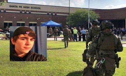 Strage in una scuola del Texas, almeno dieci morti. Arrestato studente 17enne