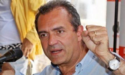 De Magistris lancia Rivoluzione 'arancione', diventerà movimento nazionale