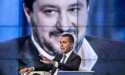 Di Maio 'sposta' Savona al Tesoro. Ora la palla passa a Salvini