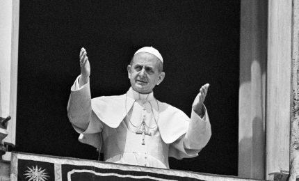 Papa firma canonizzazioni Paolo VI e Romero