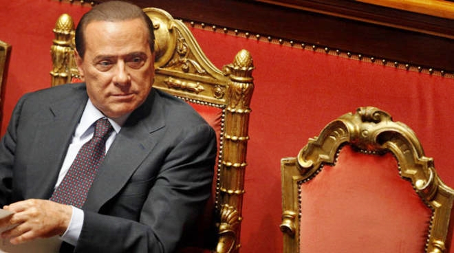 Berlusconi attende il governo, ma pronto a tornare a Senato