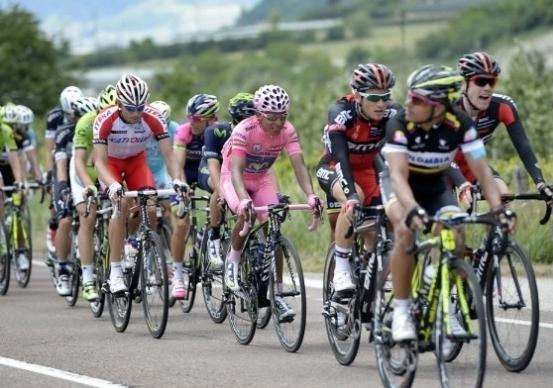 Tour de France, tappa a Dumoulin. Thomas vince il Tour