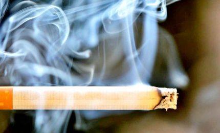 Il fumo entra anche negli ambienti dove è vietato fumare