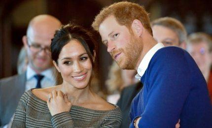 """Nozze reali, il grande giorno di Harry e Meghan. Dopo il """"sì"""", la sfilata sulla 'Ascot Landau'. Invitati eccellenti e grandi assenti"""