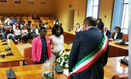 """Grace e Azeez sposi, in Sicilia per """"si'"""" a nuova vita"""