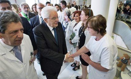 """Mattarella al Gaslini, una mamma: """"Presidente ci salvi"""""""