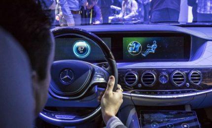 Mobilità sostenibile e benessere: accordo tra Mercedes e Federfarma