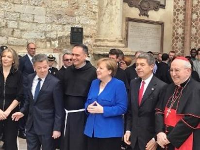 Merkel, l'Italia in fase delicata. La cancelliera ad Assisi