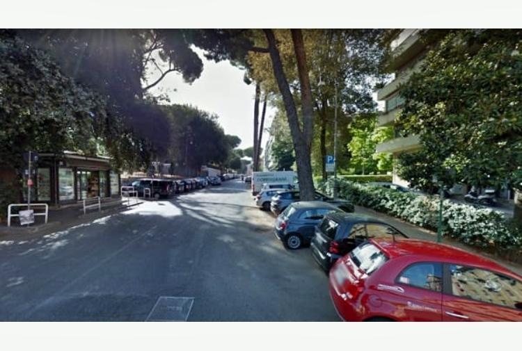 Roma, 22enne muore per overdose. Sul corpo scritta col rossetto