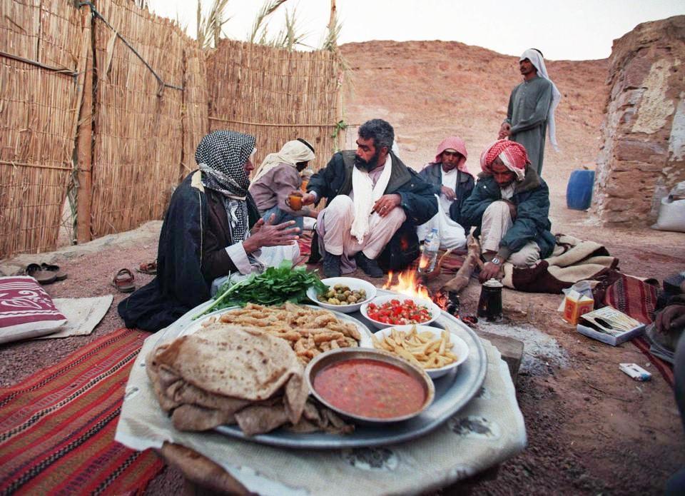 Al via oggi il Ramadan, mese di digiuno e preghiera dei musulmani