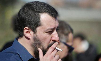 """Salvini a M5s: """"Governo a tempo e mai con Renzi"""""""