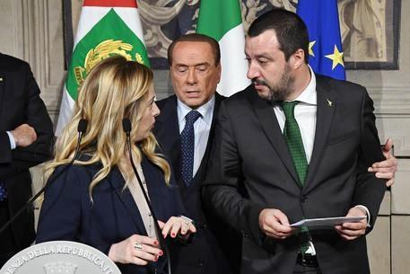 Il centrodestra tenta blitz di ferragosto per le elezioni. Domani vertice Salvini-Berlusconi-Meloni