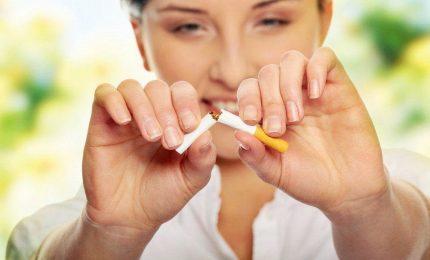 """Vendite di sigarette a picco, crescono i fumatori """"senza combustione"""""""