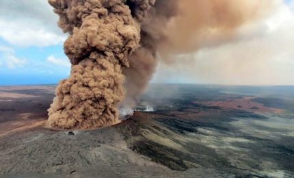 Il vulcano Kilauea minaccia le Hawaii, rischio grande eruzione