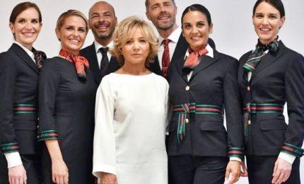 La stilista Ferretti svela le nuove divise Alitalia