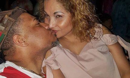 Il compagno ammette: l'ho uccisa con un coltello per gelosia. Fermato 41enne dominicano. La donna aveva 49 anni