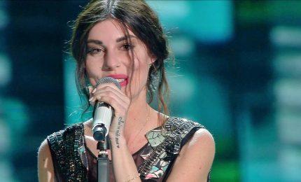 """Bianca Atzei, in radio nuovo singolo """"Risparmio un sogno"""""""