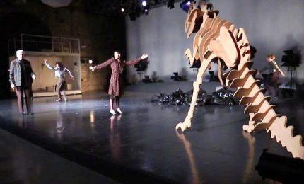 Biennale Danza, viaggio nel mondo del Leone d'Oro Meg Stuart