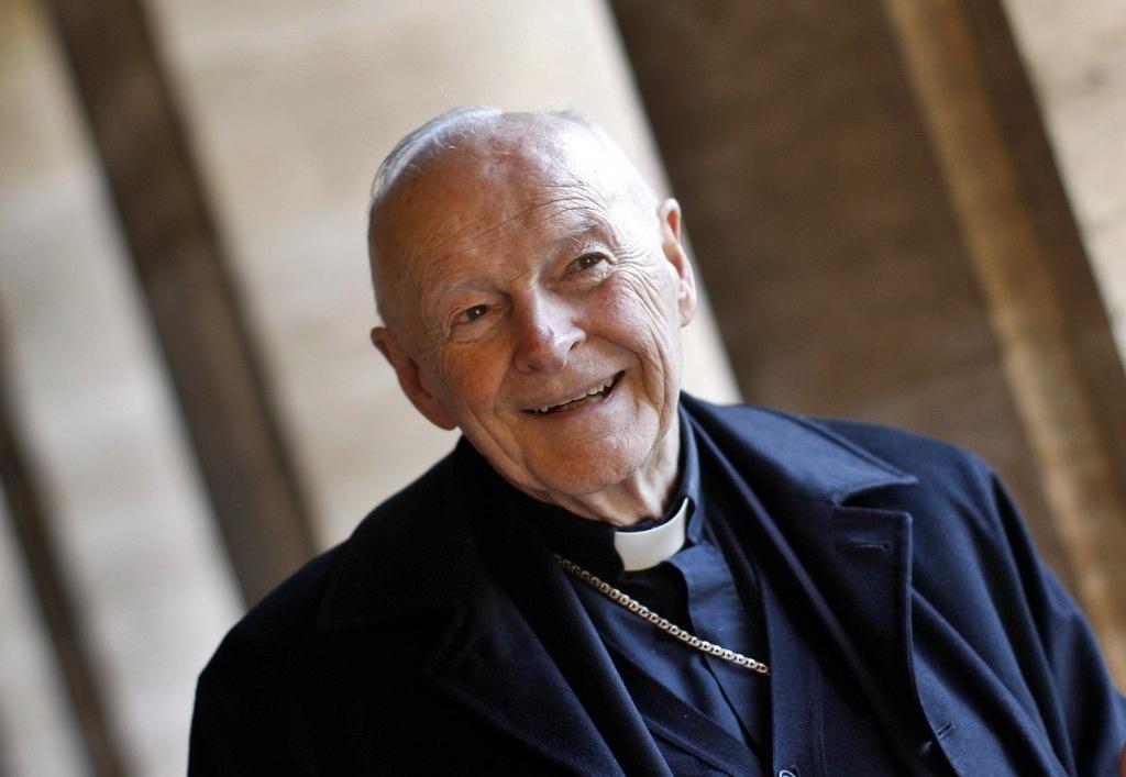Abusi sessuali, riconosciuto colpevole l'arcivescovo emerito di Washington
