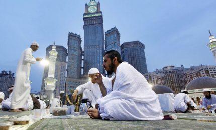 I musulmani del Pakistan celebrano la fine del Ramadan