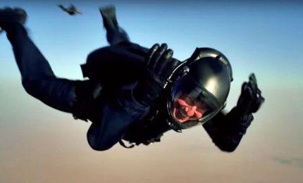 La Mission Impossible di Tom Cruise: Halo Jump da 7000 metri